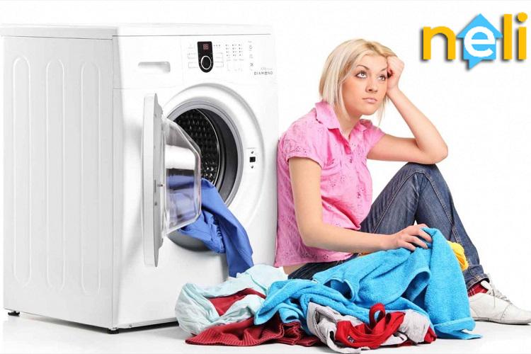 عدم شستشوی تمیز لباس ها در ماشین لباسشویی