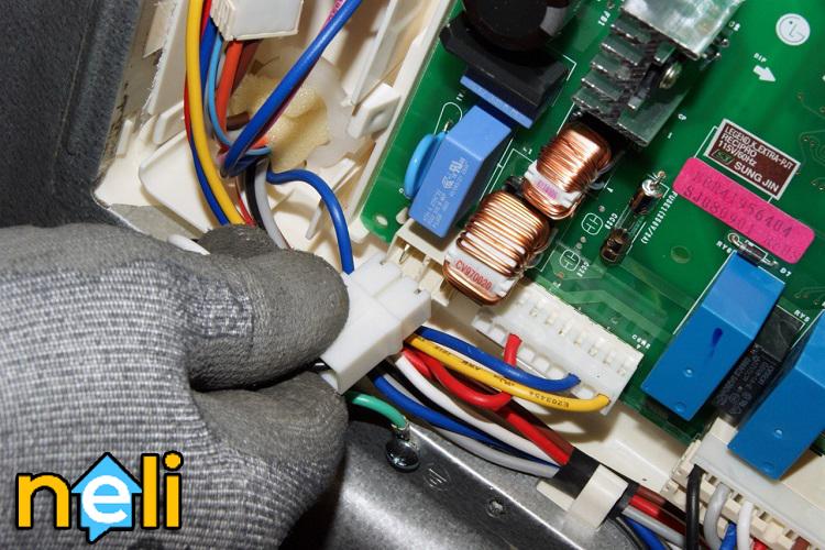 تعمیر برد الکترونیکی یخچال