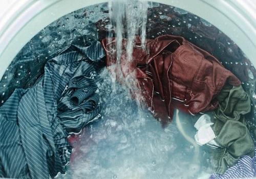 آبگیری نکردن لباس ها