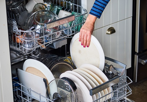 خاموش شدن ماشین ظرفشویی هنگام شستشو