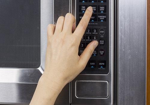 عمل نکردن دکمه ها و صفحه لمسی